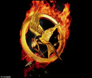 26C4A92700000578-3000697-The_Hunger_Games_The_teaser_begins_with_the_symbolic_iamge_of_th-a-40_1426687451900
