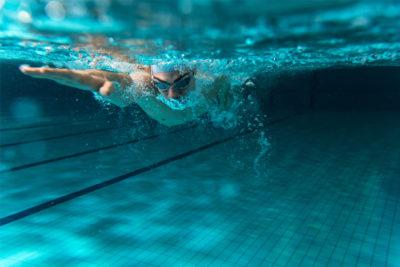 Il nuoto: i benefici dello sport più completo