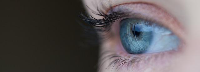 Che cosa significa avere gli occhi cerulei?