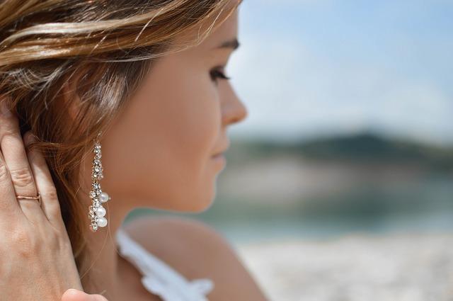 Piercings orecchio: fa male? Quanto costa? Quali sono i nomi dei vari tipi?