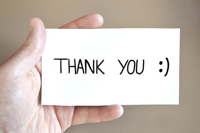 Grazie a tutti per gli auguri: le frasi più belle per rispondere