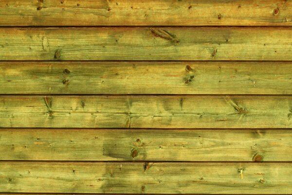 Riveste di legno le pareti: ecco come si mette la boiserie e quanto costa